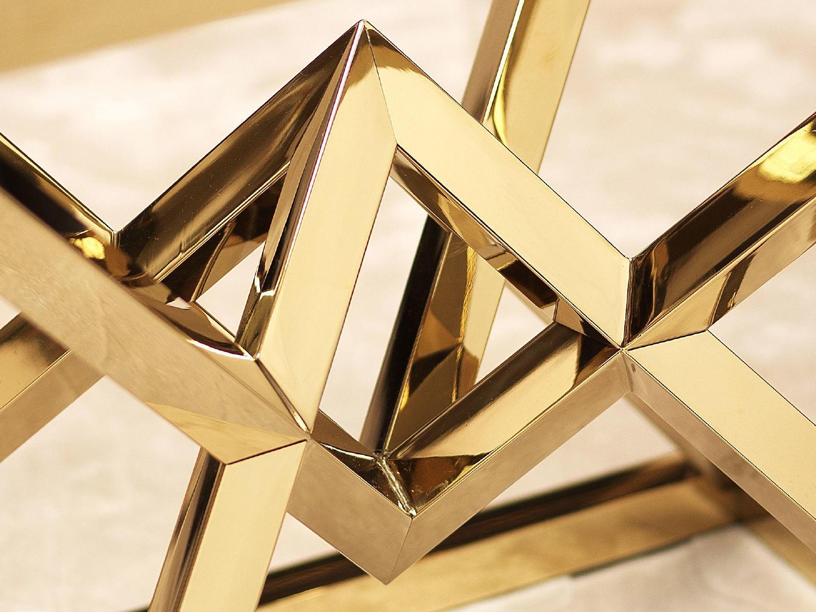 Metal detail